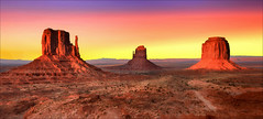 Testimoni del tempo ... (Gio_guarda_le_stelle) Tags: sunset valley landscape usa trip travel i wonderland atmosphere sky pastel colors canon wide photoshop monumentvalley