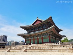 The palace... (hoangbinhboong) Tags: korea traveler travel wanderer palace temple oriental seoul
