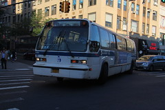 IMG_9827 (GojiMet86) Tags: mta nyc new york city bus buses 1999 t80206 rts 5198 q17 main street 39th avenue