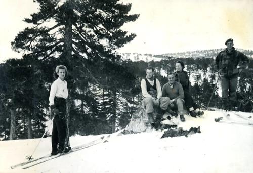 46-47 Troodos Ski 09