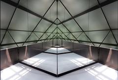 France, Boulogne-sur-Mer - Centre National de le Mer  - NausicaA (118) (Padski1945) Tags: france france2018 nausicaa boulognesurmer centrenationaldelamer sealifecentre abstract abstractphotography geometric symmetry