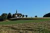 Kapelle Unterrüti (markus_kaeppeli) Tags: kapelle heu baum wald mast gras