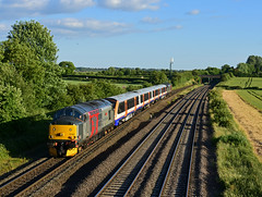 Rail Operations Group 37601 TNT 37611 with TFL London Overground Aventra 710261 working 5Q57 Willesden TMD - Derby Chaddesen yard seen at Thurmaston (Iain Wright Photography) Tags: rail operations group 37601 tnt 37611 with tfl london overground aventra 710261 working 5q57 willesden tmd derby chaddesen yard seen thurmaston leicestershire derbyshire nikon flickr d7200 transport for bombardier electric