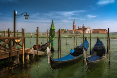 Gondola, gondola II (jmtostadoc) Tags: mar paisaje frontage venecia fachada canal chanel venice italy seascape gondola paseo tour sea
