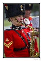 A Bridge To Far (Seven_Wishes) Tags: newcastleupontyne newcastlemilitaryshow2018 jo outdoor photoborder canoneos1dmarkiv canonef70200mmf28lisii people candid portrait uniform bearskin hat woman womaninuniform musician militaryband saxaphone musicalinstrument sheetmusic dof depthoffield edoliverphotography 2018 tyneandwear uk views3k