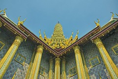 Grand Palace Bangkok (Steve4343) Tags: steve4343 grand palace bangkok thailand gold silver colors red blue green king queen downtown tourist attraction
