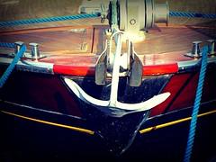 Ancora a Prua still in the bow (52picchio) Tags: 2018 luglio lungomare campania canon cilento castellabate canonixus155 sanmarcodicastellabate fluidrexplored fluidr flickr flickrclickx flickrnova mare molo marina porto pescatori peschereccio pescatore explore explored estate colore ancora prua approdo