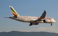 Boeing 787-8 Dreamliner. ET-ATI. Ethiopian Airlines ET726. GVA. (Themarcogoon49) Tags: ethiopian airlines boeing b787 dreamliner aircraft landing gva lsgg cointrin airport switzerland planespotting avgeek