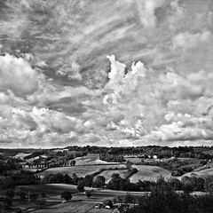 clouds over the country (Le Xuan-Cung) Tags: cloudsoverthecountry earlymorning fromvolterratocolledivaldelsa tuscany italy sw bw nb streetphotography mood landscape noiretblanc blackandwhite