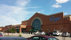 Exterior Wide View (Retail Retell) Tags: lakeland tn kroger former schnucks architecture exterior design picture window us hwy 64 2011 relocation 2012 bountiful décor remodel expansion 2013 shelby county retail