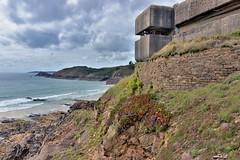 Fort & blockhaus du Petit Minou (pontfire) Tags: plouzané goulet de brest rade seascape shorline falaise france bretagne finistère 29 mur latlantique iroise plage du petit minou