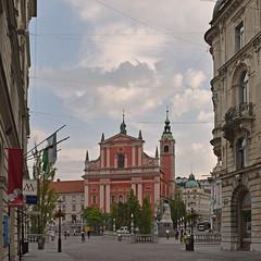 Slovenia - Ljubljana (Harshil.Shah) Tags: slovenia ljubljana slovenija slovenie city cityscape europe street church