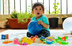 #Dhruavaan #babyphotography #candid #toys #babytoys #babyphotographer  #babyprops #baby #babyboy #11monthsold #milestone (akashkalathia) Tags: babyboy dhruavaan babytoys toys milestone candid baby babyprops babyphotography babyphotographer 11monthsold