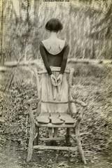 """The Earth Dances Under Me"" II (RapidHeartMovement) Tags: self selfportrait portrait poeticalinspirations poświatowska poetry photography conceptual conceptart monochrome rapidheartmovement"