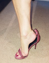 No shortage of volunteers to help putting the shoe on (newport50) Tags: rednails sexylegs sexyteasing sosexy verysexy sexytease sexypose sexyfeet sexyshoes sexyheels hotlegs hotfeet hotheels sensual erotic shoefetish fetish