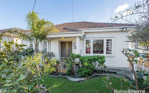 43 Laurie St, Newport VIC 3015