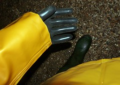 Protection (essex_mud_explorer) Tags: waders boots rubber thigh hip thighboots thighwaders gates uniroyal cuissardes watstiefel gloves gauntlets marigoldemperor me107