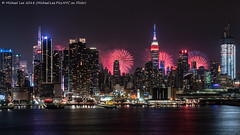 July 4 Fireworks (20180704-DSC02411) (Michael.Lee.Pics.NYC) Tags: newyork july4 independenceday macys hudsonriver weehwken newjersey night longexposure architecture fireworks cityscape skyline esb empirestatebuilding timessquare manhattanwest sony a7rm2 fe24105mmf4g