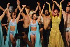 Saludo (Enllasez - Enric LLaó) Tags: saludo espectáculos salou pole artmovestudio elena