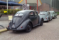 Brillen & Ovalendag - 2018 (Ronald_H) Tags: brillen ovalendag 2018 vw volkswagen classic car aircooled air cooled 35mm film wilnis