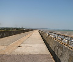 Along the A259 Hythe Road (Waterford_Man) Tags: hytheroad a259 coast path seawall kent england
