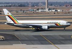 Z-WPE Air Zimbabwe B762 (twomphotos) Tags: plane spotting faor jnb observation deck taxi aircraft departure runway afternoon light bestofspotting air zimbabwe airzimbabwe boeing b762