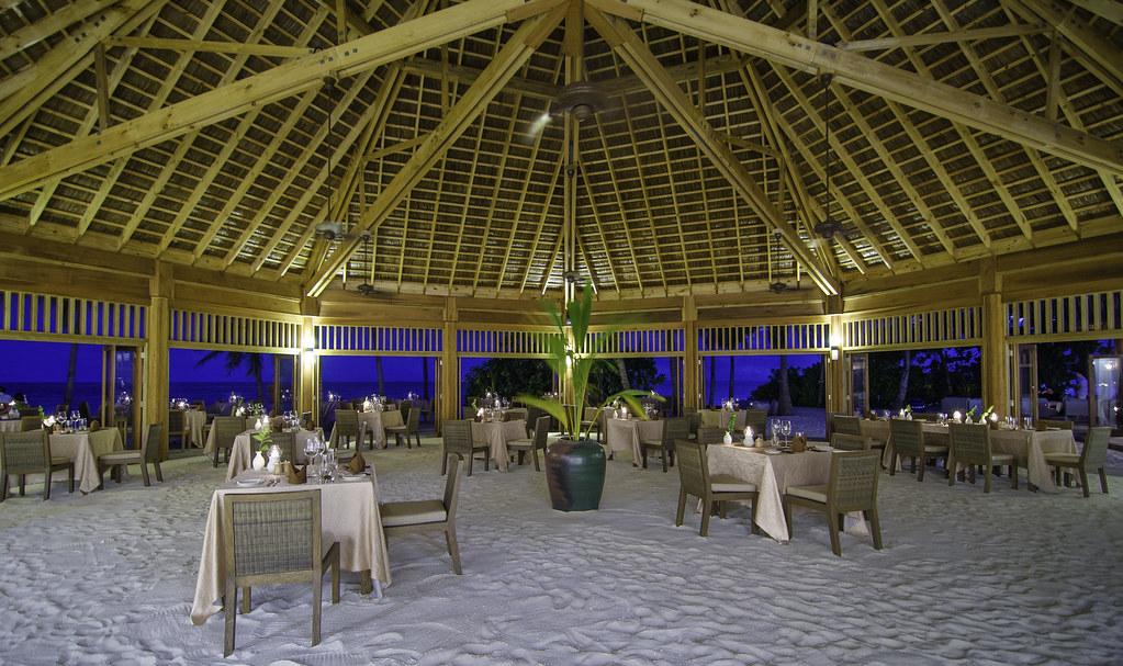 Dhonveli Restaurant
