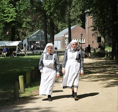 2018 Living History (Steenvoorde Leen - 9.3 ml views) Tags: 2018 doorn utrechtseheuvelrug living history 19141918 great war wo i huis haus kaiser wilhelm keizer people visitors nurse verpleegkundige women huisdoorn doornkaiser wilhelmkeizerwilhelm vwi greatwar 2018livinghistory geschiedenis historie geschichte kriegvwi huisdoornhaus doornliving historyeventevent doorneventutrechtseheuvelrug