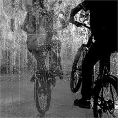 Erfrischung (ZaglFoto.de) Tags: de deutschland halle hallesaale street streetphotographer streetphotography sachsenanhalt