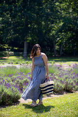gingham maxi dress, pinata tote bag, lavender field-7.jpg (LyddieGal) Tags: aurate loft connecticut fall fashion gingham honeycomb kayu lavenderfield maxi navy oldnavy outfit pinatatote style summer wardrobe weekendstyle