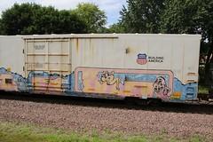 A little MS Pacman action (kschmidt626) Tags: union pacific train illinois rochelle park railroad graffiti bnsf burlington diamond