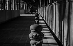 No pasar (leaacz) Tags: blackandwhite sombras monocromo negros blancos old silueta