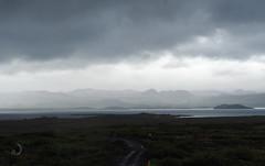 Pingvalla vatn (bd168) Tags: grass road mountains landscape water fog brouillard em10markii m14150mmf4056iied sky