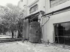Solo recuerdos... (spawn5555) Tags: antiguo taller ferrocarril aguascalientes urban street méxico historia historico history maquina industria edificio