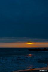 De un atardecer (moligardf) Tags: mar océano roca playa atlántico atardecer ocaso