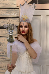 Good witch (Moments by Xag) Tags: witch bruja goodwitch shooting fantasy fantasia fashion face femenina female model modelo oz wizard rainbow ilusion dream beauty belleza brunette morena xag nikon d610 mujer momentsbyxag retrato