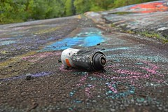Discarded spray paint can (SchuminWeb) Tags: schuminweb ben schumin web may 2018 centralia columbia county pennsylvania pa graffiti highway state route 61 route61 graffitihighway abandoned road roads highways high way ways urban exploration urbex roadway roadways ghost town ghosttown alignment alignments coal mine fire towns spray paint spraypaint paints spraypaints tag tags tagged tagging infrastructure infrastructural infra structure structural discarded can cans painting trash discard discards litter spent expended disposable disposed