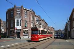 Alledaags Haags (Maurits van den Toorn) Tags: tram tramway strassenbahn villamog tranvia eléctrico htm gtl denhaag thehague rood red rosso rouge