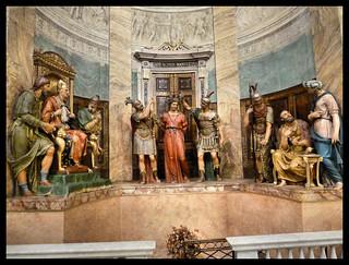 Milano - Chiesa del Santo Sepolcro - Ecce Homo!