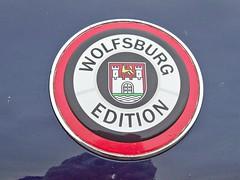 38 Volkswagen New Beetle - Wolfsbugburg Edition Badge (2) (robertknight16) Tags: volkswagen german germany 2000s badge badges automobilia beetle newbeetle wolfsburg seighford st02gty