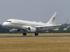 A319 HZ-SKY4 (gulfstreamchaser) Tags: hzsky4 airbus a319 corporate eggw ltn luton