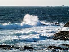 Costa de Baiona-_8310224 (peruchojr) Tags: baiona costa mar agua rompeolas galicia océanoatlántico