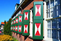 Volendam,The Netherlands (Soulz84) Tags: architecture archidaily archilovers pattern shutter window repetition geometry geometric daytrip red green discover explorer wanderer capture symmetry nikon nikond3200 d3200 volendam thenetherlands