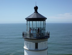 North Head Lighthouse - the Lantern Room (El Kite Pics) Tags: kap kite aerial lighthouse northhead ilwaco washington usa lanternroom hand pacific longbeach
