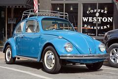 Coffee Bug - Early 60's VW Beetle (Brad Harding Photography) Tags: volksweston volkswagen vw bug beetle weston missouri carshow antique vintage classic luggagerack 1960s germanmade westoncoffeeroastery blue