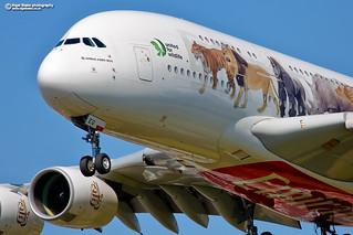 A6-EEQ Emirates Airbus A380-800