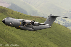 ZM417 Airbus A400M-180 Royal Airforce Mach Loop 11.06-18 (rjonsen) Tags: plane airplane aircraft military transport freighter mach lopp low level flying wales snowdonia