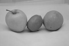 CSC_0395 (@PHOTODUNKERQUE) Tags: fruits couleur color filtre filer effet effect pomme apple orange kiwi
