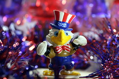 Independence Day 2018 - Bijou Planks 185/365 (MayorPaprika) Tags: canoneosrebelt6i macro mini figs figure paprihaven pvc miniature smallscale figurine theater diorama toy story scene custom bricks bijouplanks plastic vinyl july 4th independenceday sam american eagle olympic games patriotic celebration