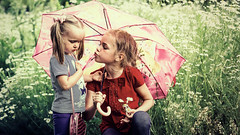Don't cry, little one (Unicorn.mod) Tags: 2018 colors summer portrait child childs girl girls july baby chamomiles chamomile canoneos6d canon canonef70200mmf28lisiiusm